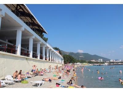 «Orchestra Horizont Gelendzhik Resort» / «Оркестра Горизонт Геленджик Резорт» (быв. ЛОК Горизонт),  пляж